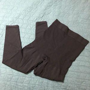 Blanqi Postpartum leggings